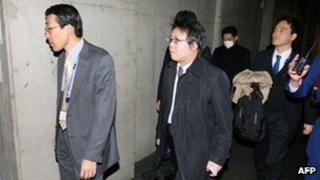 Prosecutors entering Olympus office
