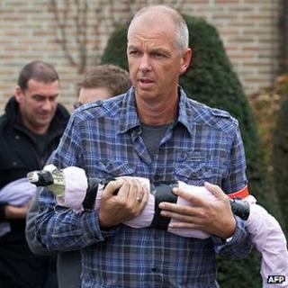 Rescued reptile, 22 Dec 11