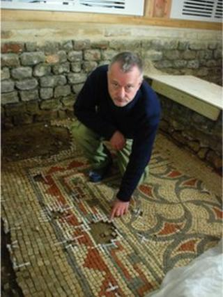Chris Cleere and a mosaic