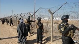 Iraqi Swat teams outside Camp Ashraf in Diyala province (9 Dec 2011)
