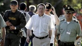 Luis Carlos Restrepo (c) in a file photo from 2009