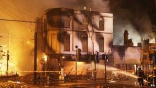 The House of Reeves furniture store in Croydon on fire