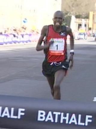 Edwin Kiptoo approaching the finish line