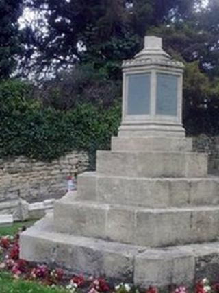 Prestbury war memorial