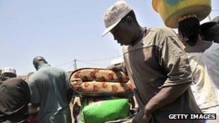 Civilians arrive in Bamako fleeing rebel advances in Timbuktu