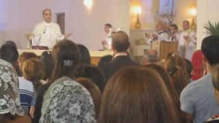 Easter Mass at St Joseph's Catholic Church in Baghdad (8 April 2012)