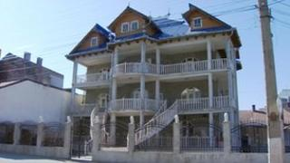Property in Romania financed by Rostas family