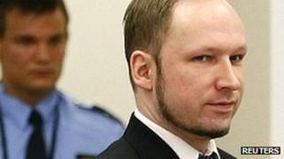 Anders Behring Breivik in court (18 April 2012)