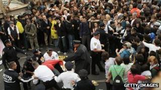 Occupy Wall Street protesters trying to cross Brooklyn Bridge