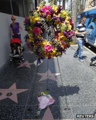 Tributes to Donna Summer on the Hollywood Walk of Fame