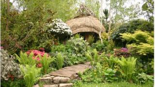 Furzey Gardens display