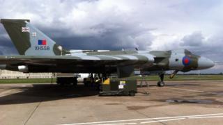 Vulcan XH558 at Robin Hood Airport