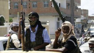 Members of Ansar al-Sharia in the southern Yemeni town of Jaar
