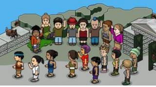 Screen shot of Habbo Hotel avatars