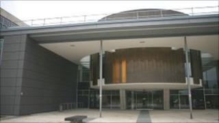 Livingston court