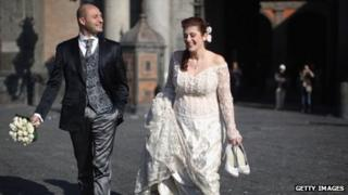 A bride and groom in Naples in 2011