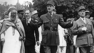 The Bachaga of Alger (left) and General De Gaulle (right) in Algeria in 1947
