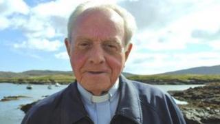 Fr Calum MacLellan