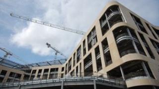 Exterior of new Southmead Hospital