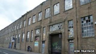 Former Eagle Mills Dundee