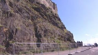 Castle cordon