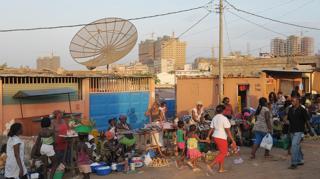 Street scene in Luanda