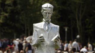 Statue of Nikola Tesla