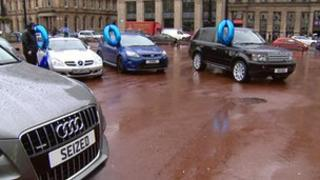 Cars in George Square
