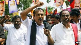 MDMK Tamil leader Vaiko leading a rally