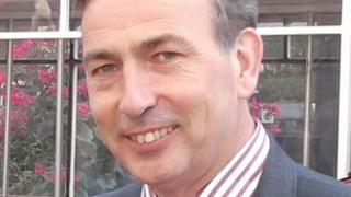 Ian Kealey