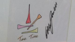 Ryder Cup golfer Graeme McDowell drew some golf-tees and coloured them in