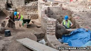 Archaeologists working at the Elephant and Castle site