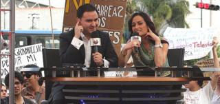 Mexican TV presenters hindered in their work by protesters