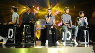 One Direction performing at Radio 1 teen awards