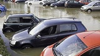 flooded car park at Loddon Bridge [pic: Kevin Tildsley]
