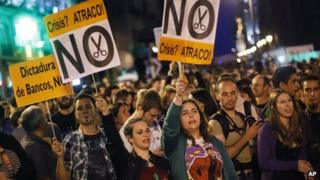 Spanish protesters