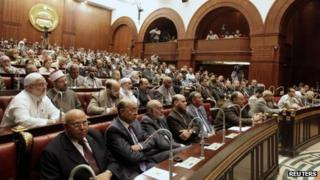 Members of the constituent assembly meet in the Shura Council chamber (September 2012)