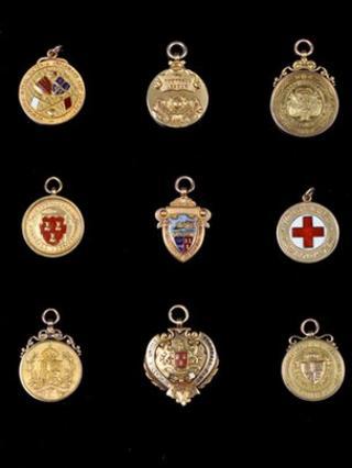 Frank 'Guv'nor' Watt's NUFC medals