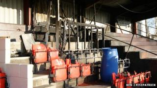 Dunston UTS FC seat stand