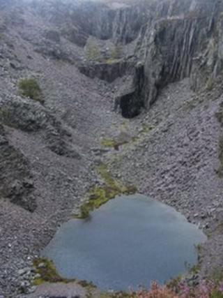 The view down into the top quarry - Chwarel Fawr