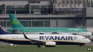 Ryanair and Aer Lingus planes