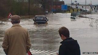 A57 flooded at Newton-on-Trent