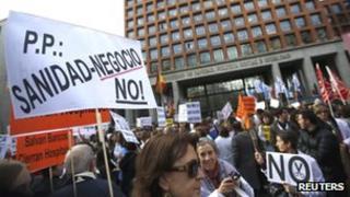 Spanish medics' protest in Madrid, 20 Dec 12