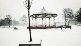 Snow in Victoria Park, Widnes