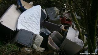 Breakneck Hole fly-tipping