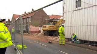 Collapsed wall in Keldgate