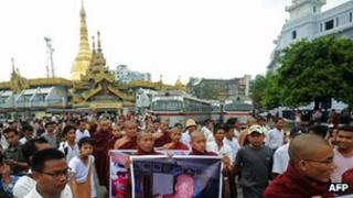 Monks protesting in Burma against a Chinese-backed copper mine in the north of the country (December 2012)
