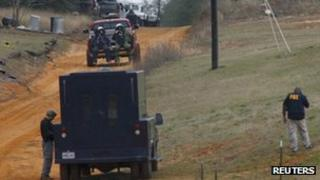 US bomb squad on the scene of a hostage situation in Midland City, Alabama 30 January 2013