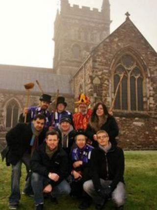 Wimborne Folk Festival committee