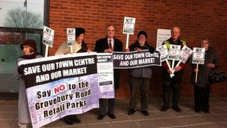 Protesters against the Grovebury Road retail parks